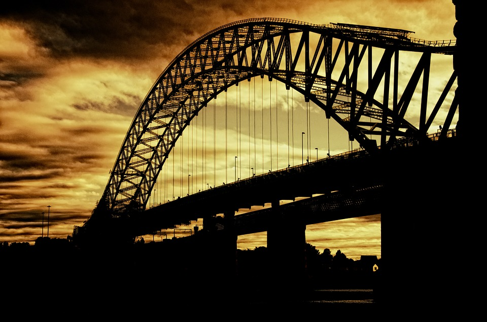 silver-jubilee-bridge-402943_960_72023.jpg